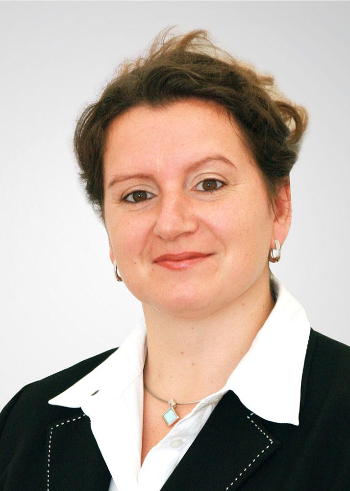 Porträt Prof. Dr. Bettina Lange